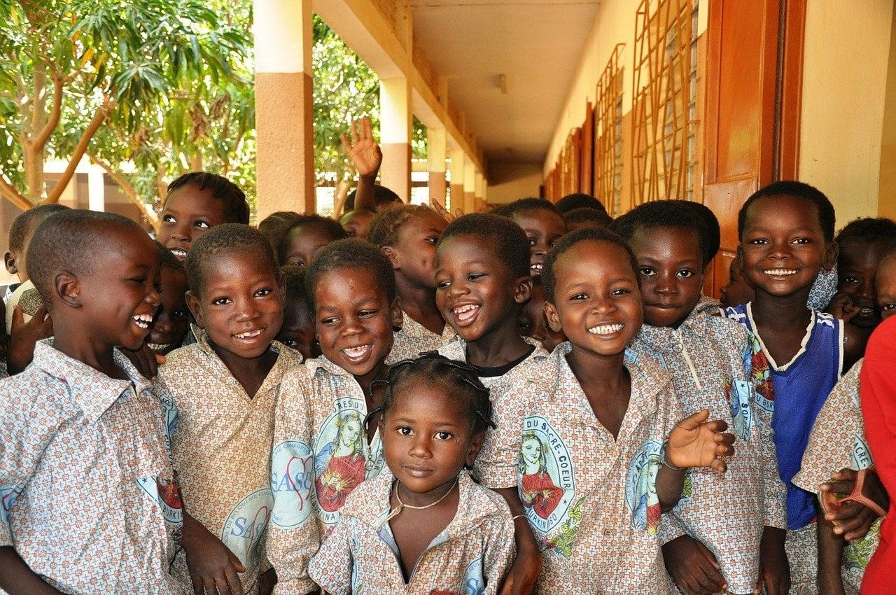 寄付活動 安全な水を世界中の子供へ
