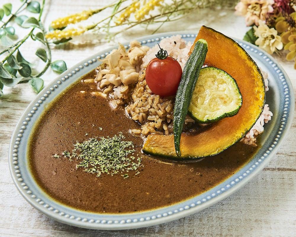 季節野菜4種の素揚げと無添加カレー